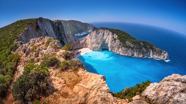 navagio beach descendants of the sun