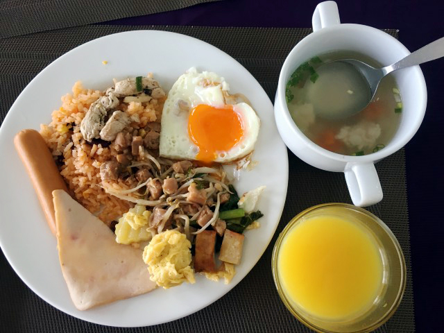 Baiyoke Boutique Hotel breakfast