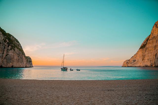 uruk navagio beach